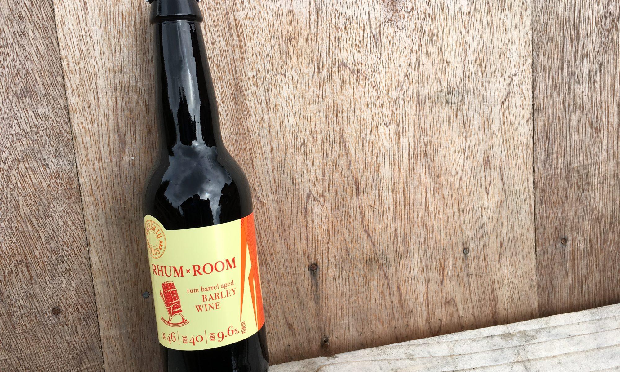 modernus-lietuviskas-alus-sakiskiu-barley-wine-rum-barrel-aged-vynas-mieziu-rhum-room