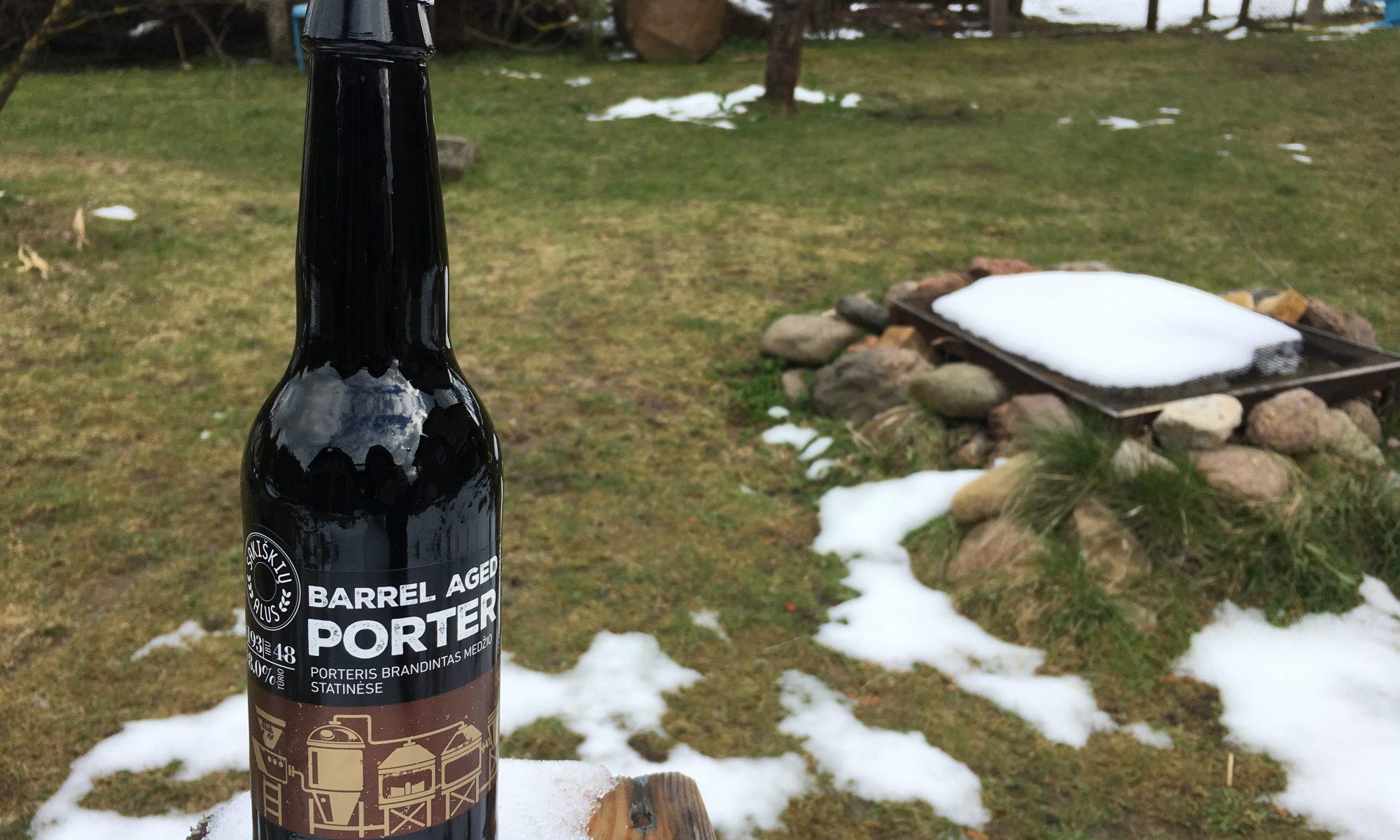 modernus-lietuviskas-alus-sakiskiu-barrel-aged-porter-porteris-brandintas-medzio-statinese